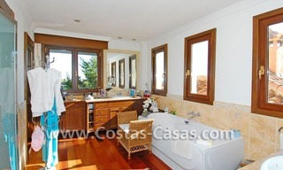Andalusian style detached villa to buy in a golf resort, New Golden Mile - Marbella - Benahavis - Estepona 18