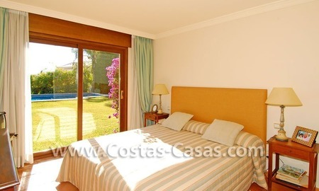 Andalusian style detached villa to buy in a golf resort, New Golden Mile - Marbella - Benahavis - Estepona 14