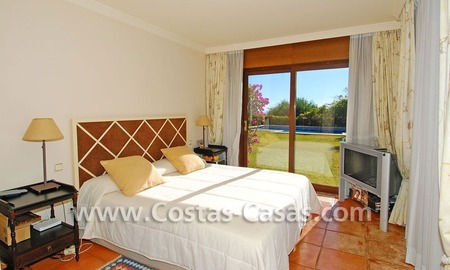 Andalusian style detached villa to buy in a golf resort, New Golden Mile - Marbella - Benahavis - Estepona 15
