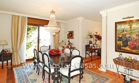 Andalusian style detached villa to buy in a golf resort, New Golden Mile - Marbella - Benahavis - Estepona 8