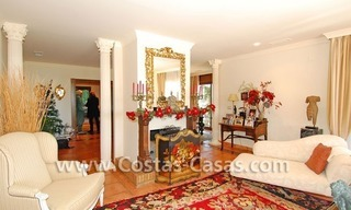 Andalusian style detached villa to buy in a golf resort, New Golden Mile - Marbella - Benahavis - Estepona 5