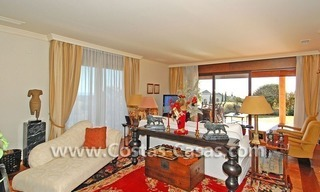 Andalusian style detached villa to buy in a golf resort, New Golden Mile - Marbella - Benahavis - Estepona 7