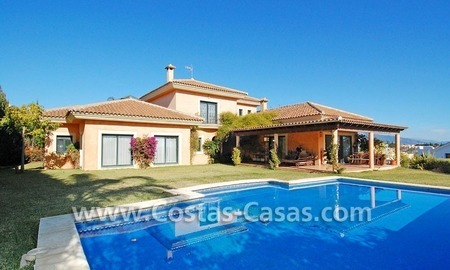 Andalusian style detached villa to buy in a golf resort, New Golden Mile - Marbella - Benahavis - Estepona