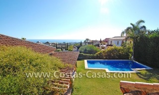 Andalusian style detached villa to buy in a golf resort, New Golden Mile - Marbella - Benahavis - Estepona 2