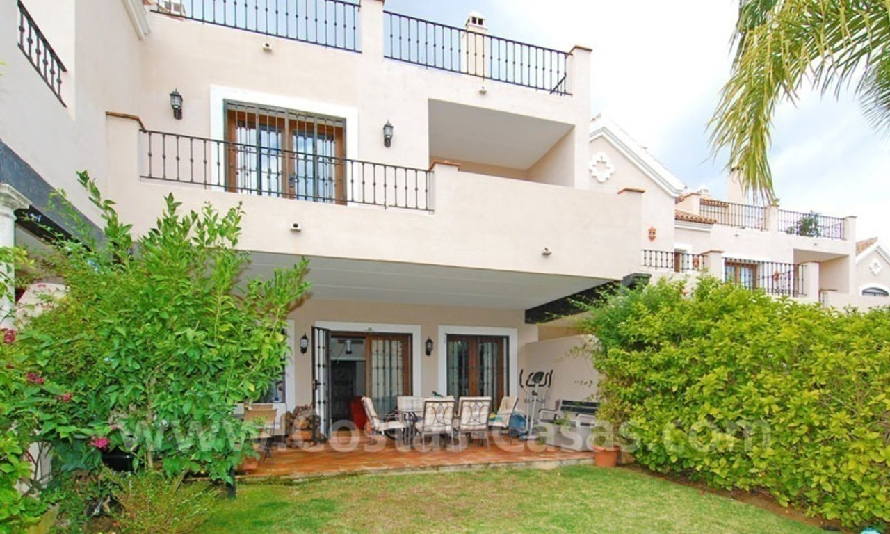 Spacious townhouse for sale in Estepona – Marbella 0