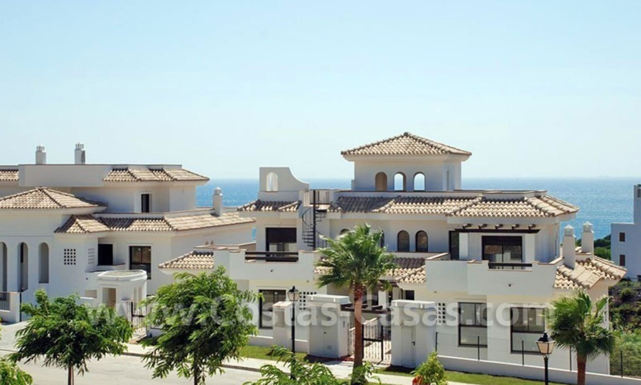 Bargain Luxury frontline golf and first line beach apartments for sale at the Costa del Sol 7