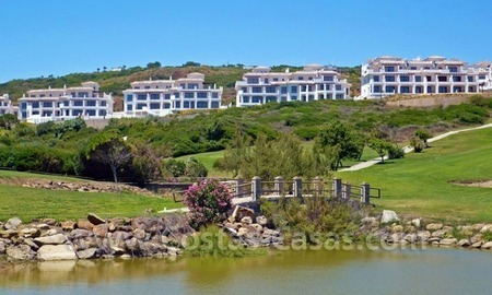 Bargain Luxury frontline golf and first line beach apartments for sale at the Costa del Sol 10