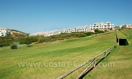 Bargain Luxury frontline golf and first line beach apartments for sale at the Costa del Sol 11