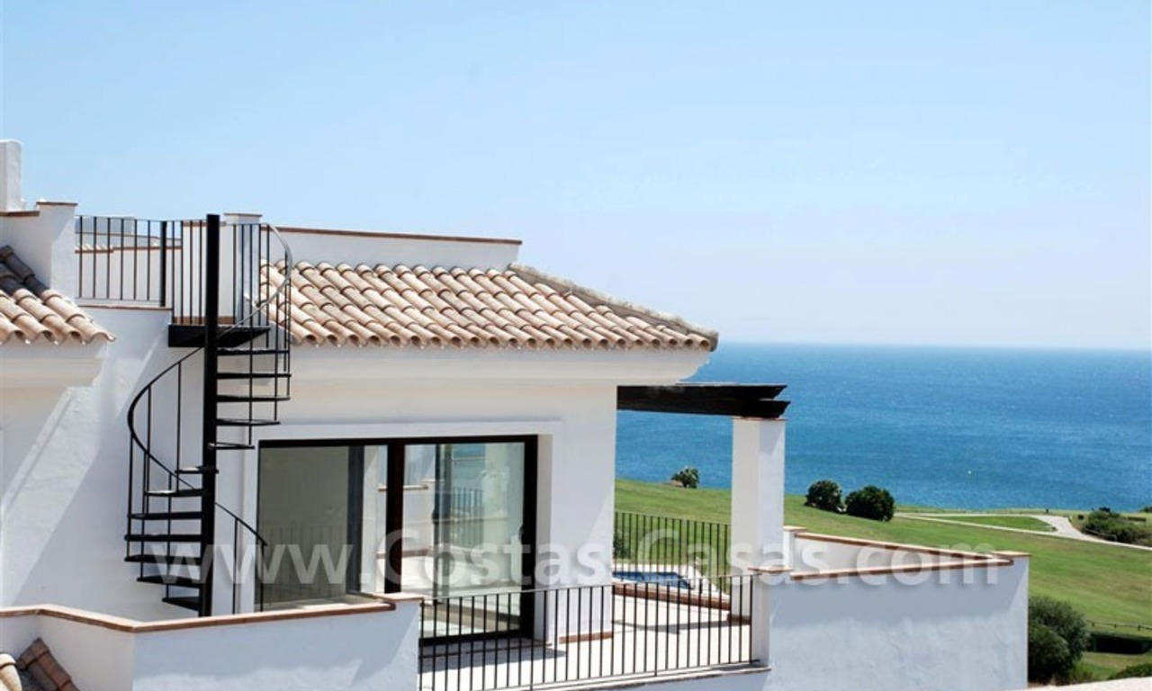 Bargain Luxury frontline golf and first line beach apartments for sale at the Costa del Sol 2