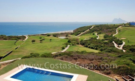 Bargain Luxury frontline golf and first line beach apartments for sale at the Costa del Sol 4