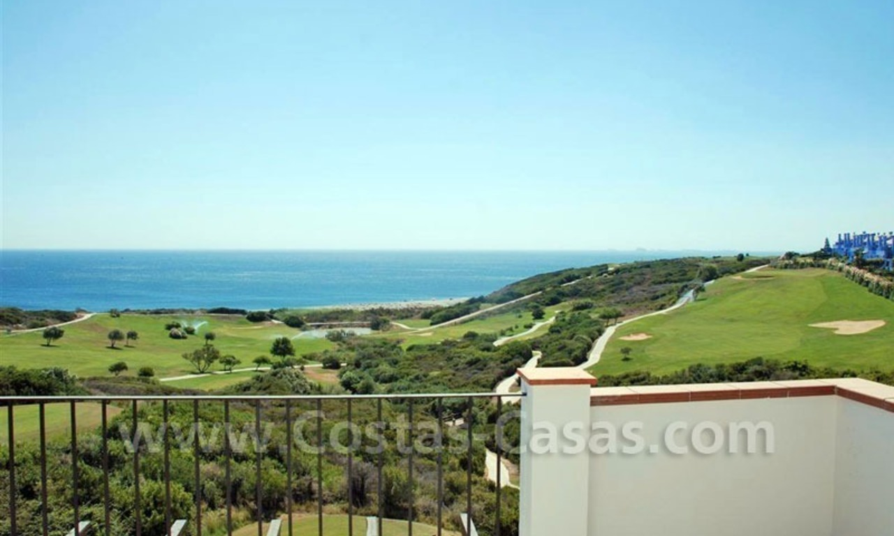 Bargain Luxury frontline golf and first line beach apartments for sale at the Costa del Sol 3