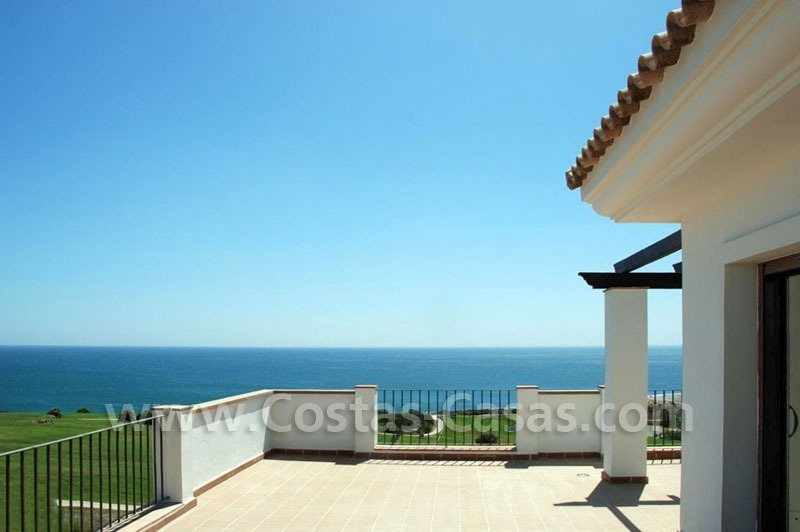 Bargain Luxury frontline golf and first line beach apartments for sale at the Costa del Sol