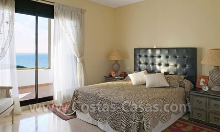 Bargain Luxury frontline golf and first line beach apartments for sale at the Costa del Sol 23