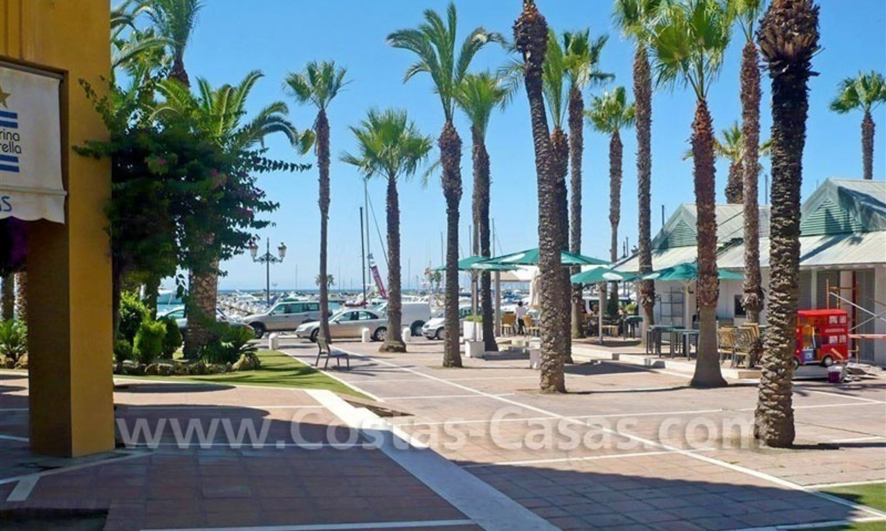 Bargain Luxury frontline golf and first line beach apartments for sale at the Costa del Sol 16