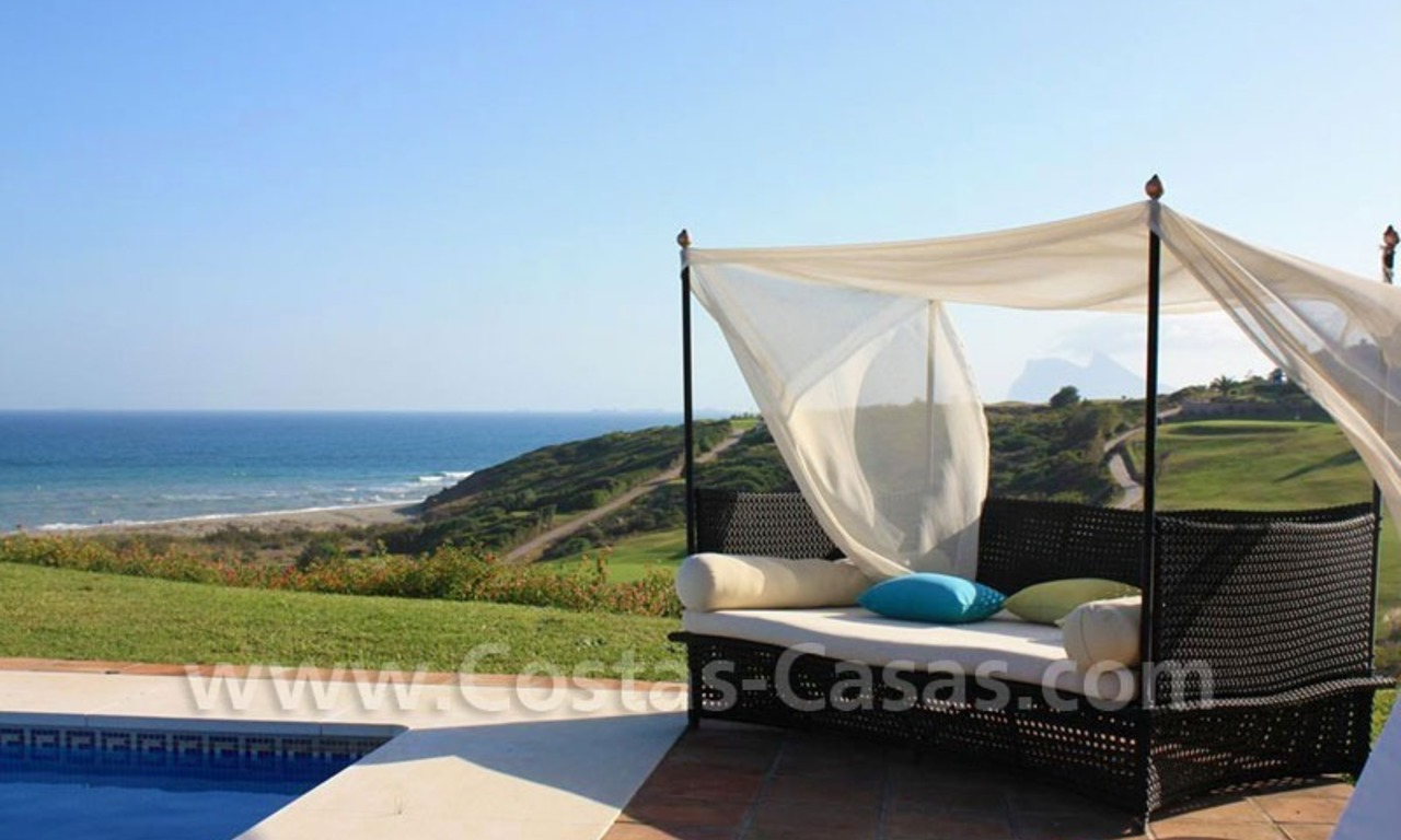 Bargain Luxury frontline golf and first line beach apartments for sale at the Costa del Sol 27