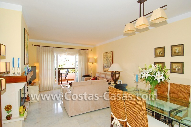 Bargain apartment to buy on beachfront complex in Marbella 3