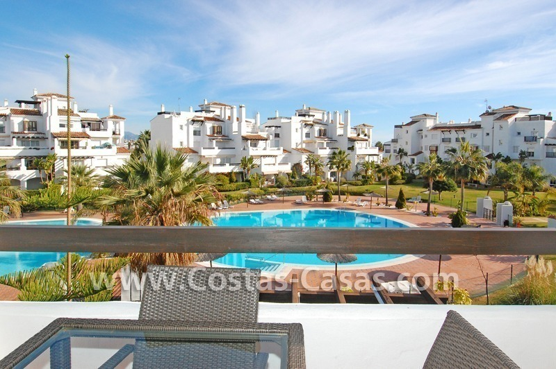 Bargain apartment to buy on beachfront complex in Marbella