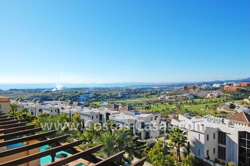 Luxury golf penthouse apartment for sale in a golf resort, Benahavis - Marbella