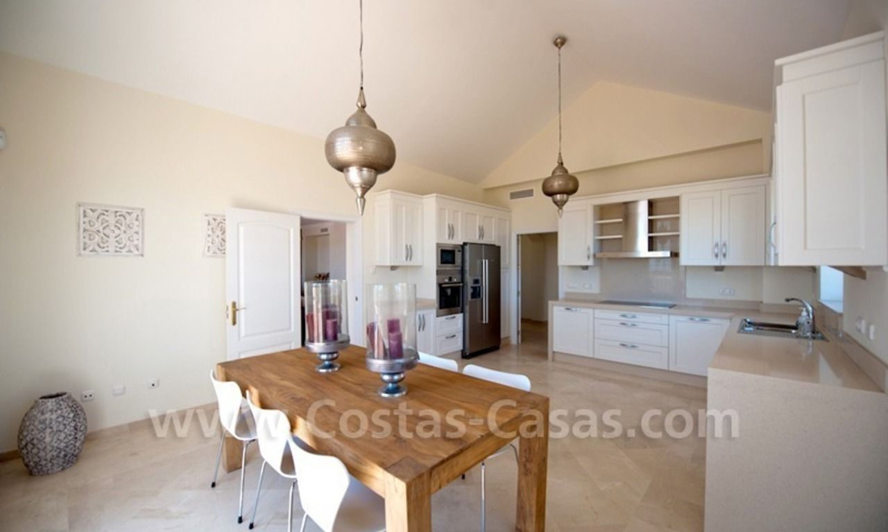 New villa for sale in gated community - Marbella - Benahavis 16