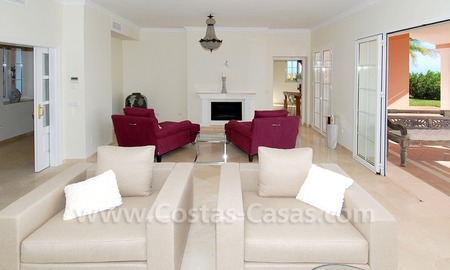 New villa for sale in gated community - Marbella - Benahavis 12