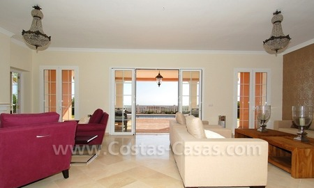 New villa for sale in gated community - Marbella - Benahavis 11