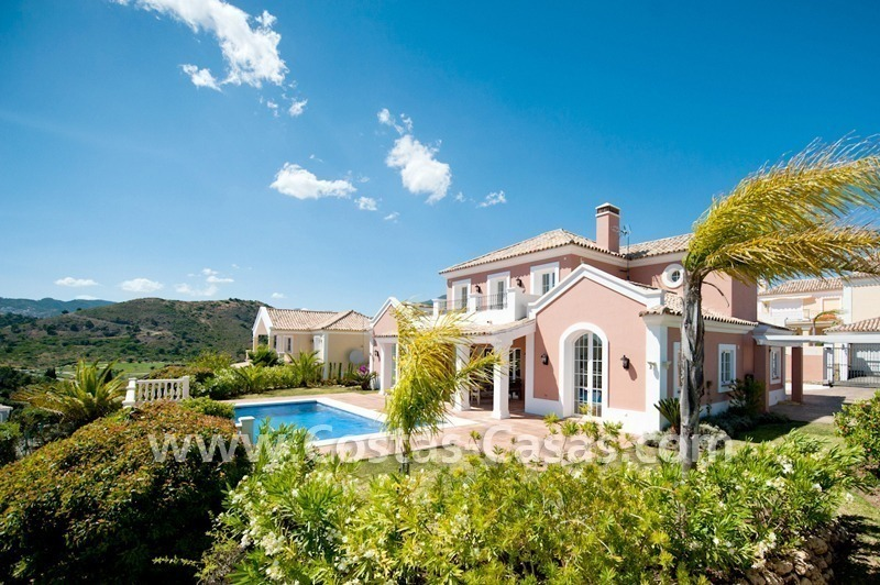 New villa for sale in gated community - Marbella - Benahavis