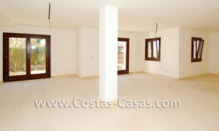 Cozy luxury villa to buy in a gated resort, Benahavis – Estepona - Marbella 19