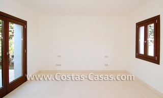 Cozy luxury villa to buy in a gated resort, Benahavis – Estepona - Marbella 13