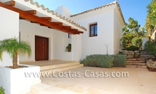 Cozy luxury villa to buy in a gated resort, Benahavis – Estepona - Marbella 5