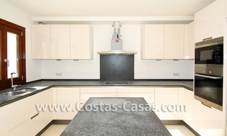 Cozy luxury villa to buy in a gated resort, Benahavis – Estepona - Marbella 9