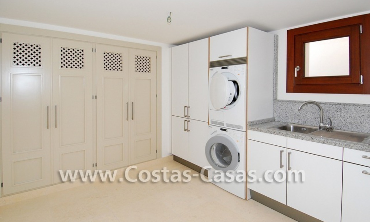 Cozy luxury villa to buy in a gated resort, Benahavis – Estepona - Marbella 11