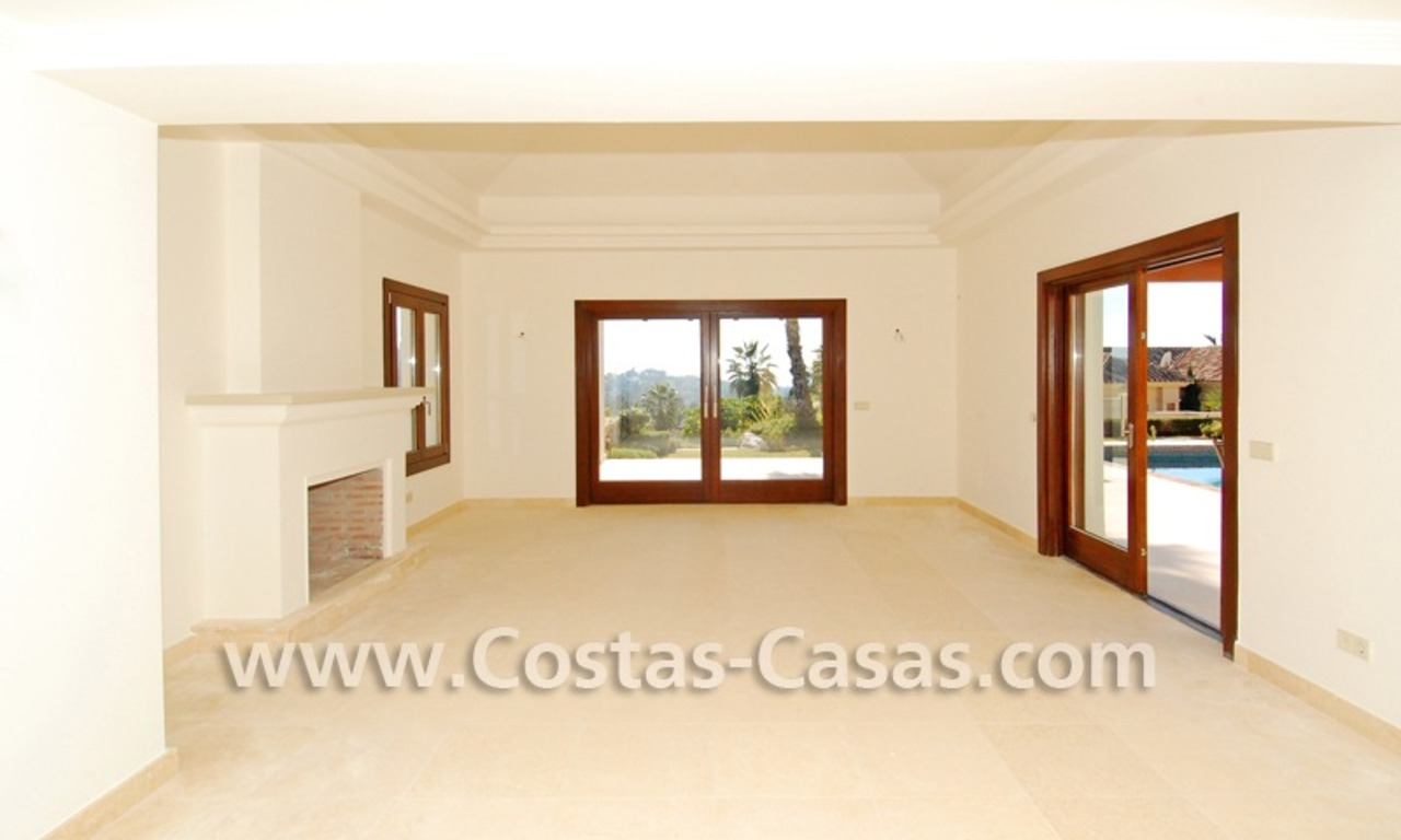 Cozy luxury villa to buy in a gated resort, Benahavis – Estepona - Marbella 7