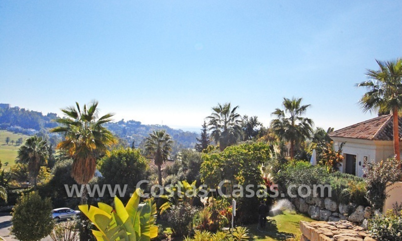 Cozy luxury villa to buy in a gated resort, Benahavis – Estepona - Marbella 3