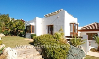Cozy luxury villa to buy in a gated resort, Benahavis – Estepona - Marbella 1