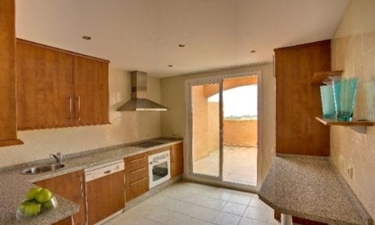 Bargain new apartments for sale in Marbella east 12