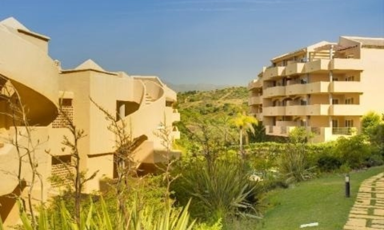Bargain new apartments to buy in Marbella east 1