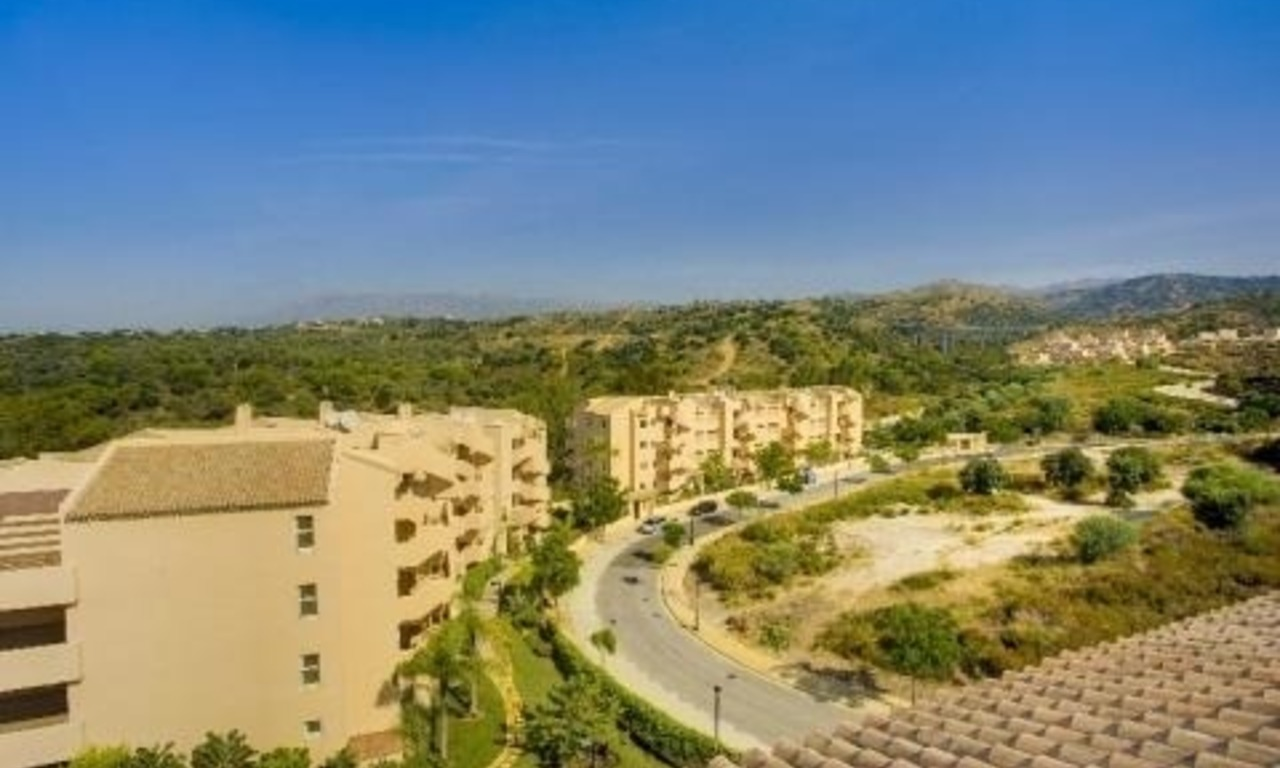 Bargain new apartments to buy in Marbella east 5