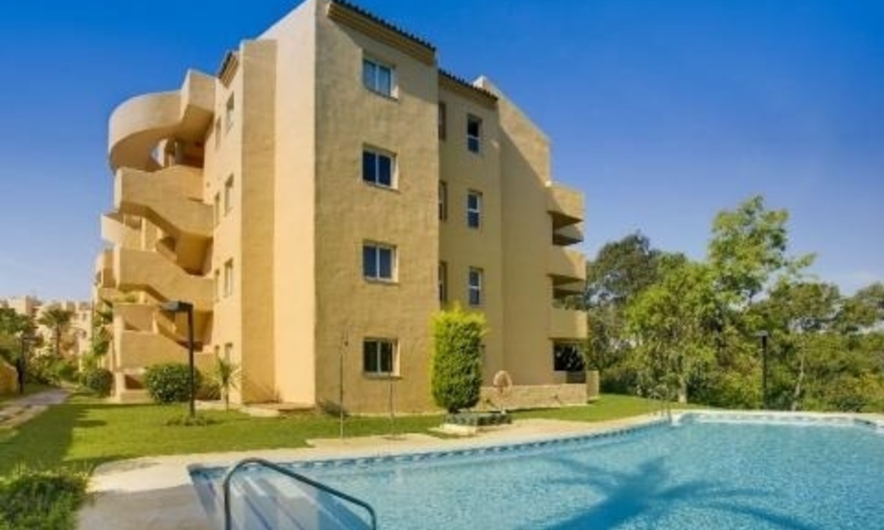 Bargain new apartments to buy in Marbella east 12