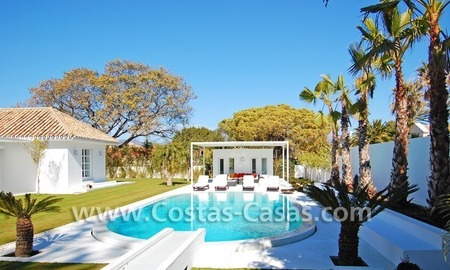 Completely renovated modern andalusian villa close to the beach for sale in Marbella 2
