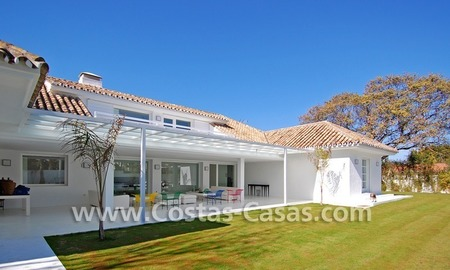 Completely renovated modern andalusian villa close to the beach for sale in Marbella 9