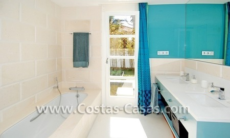 Completely renovated modern andalusian villa close to the beach for sale in Marbella 27