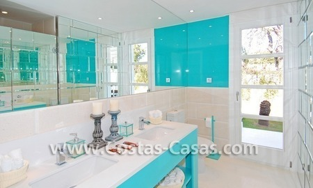 Completely renovated modern andalusian villa close to the beach for sale in Marbella 29