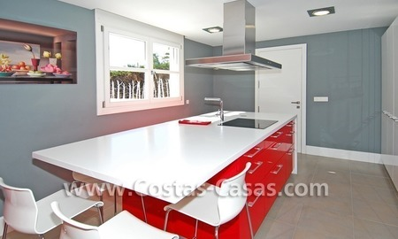 Completely renovated modern andalusian villa close to the beach for sale in Marbella 18