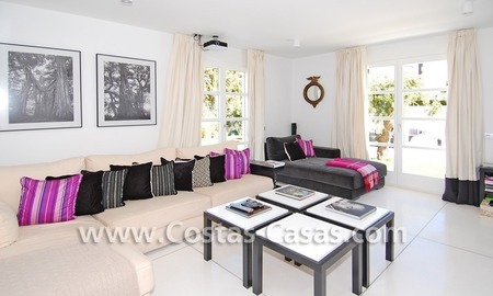 Completely renovated modern andalusian villa close to the beach for sale in Marbella 14