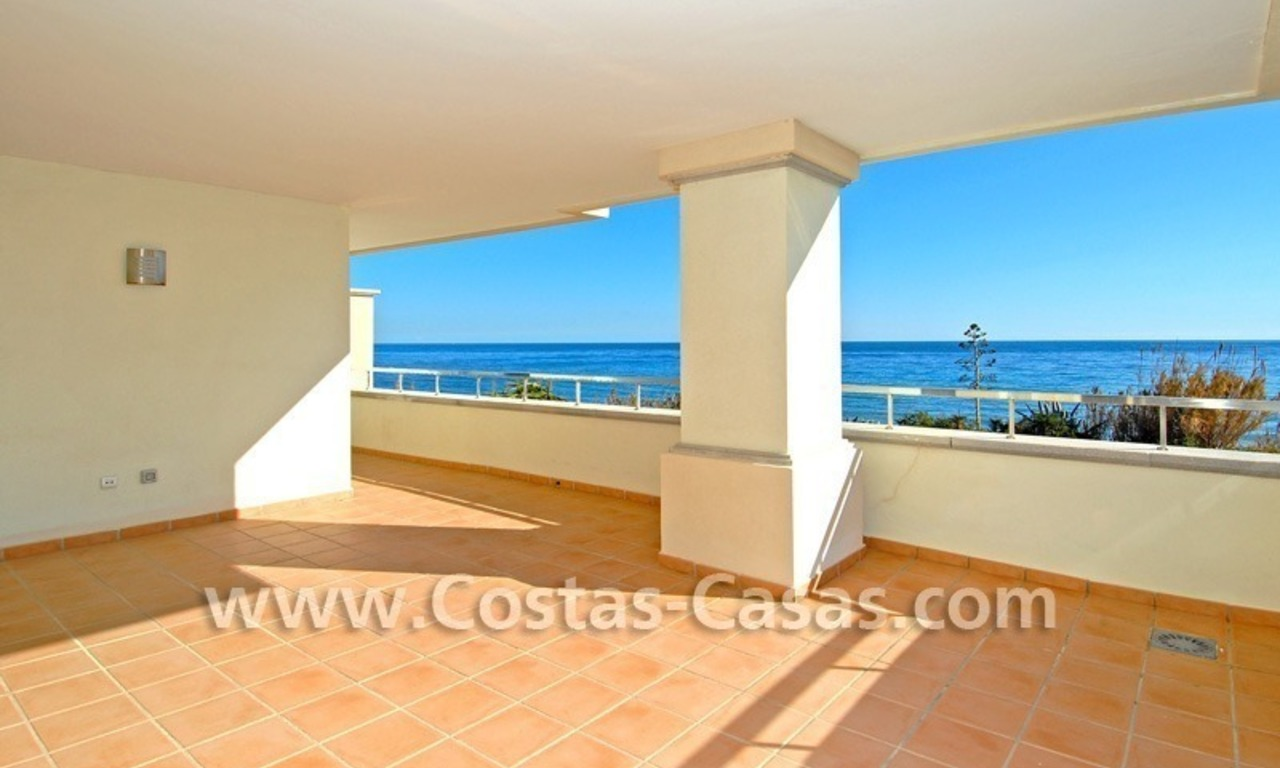 Luxury front line beach apartment for sale in an exclusive beachfront complex, New Golden Mile, Marbella - Estepona 0
