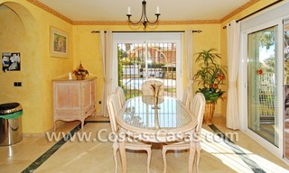Cozy villa to buy in East of Marbella 11