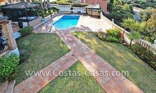 Cozy villa to buy in East of Marbella 4