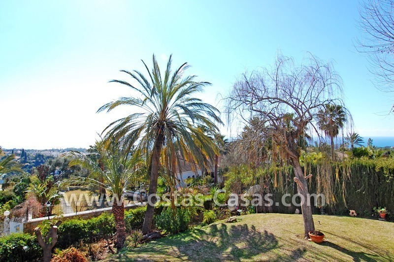 Bargain Andalusian style villa to buy on the Golden Mile in Marbella 3