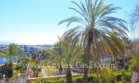 Bargain Andalusian style villa to buy on the Golden Mile in Marbella 4