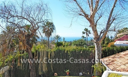 Bargain Andalusian style villa to buy on the Golden Mile in Marbella 5